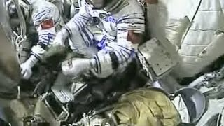 Chinese Astronauts Enter Shenzhou-11 Spacecraft