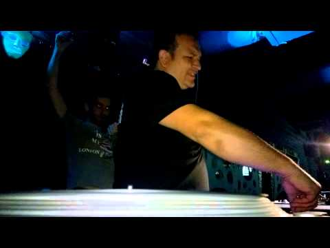 Alkalin in the mix, on vinyl, at SWAP Club, Bucharest, 16 May 2015, Part 1