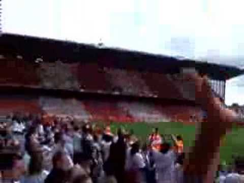 "Arsenal fans singin ""Are you watchin tottenham!!"""
