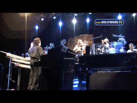 Yanni First Artist to Perform at Panama City Ruins