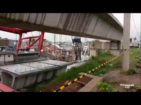 Live Tempo.co: Crane Jatuh Di Matraman