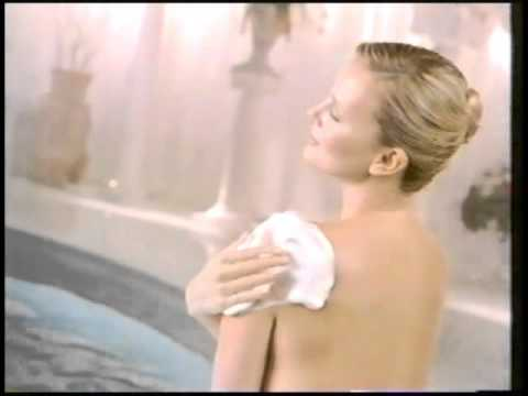 Lux spa moist cm youtube for Lux salon and spa