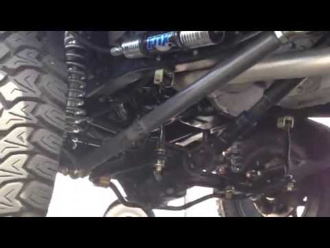 Rocky Roads Classic Ford Bronco 4x4 - The Legend