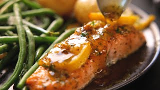 Honey Garlic Butter Baĸed Salmon | Ready in 15 Mins!