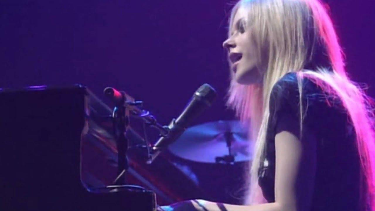 Avril Lavigne Bonez Tour