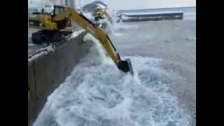 小樽名物 海で融雪!