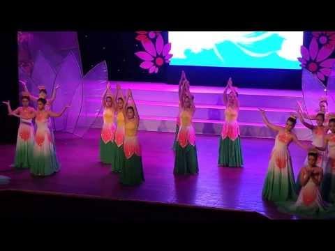 Tiết mục múa Giáo viên THCS Chu Văn An - Mùa sen dâng Bác