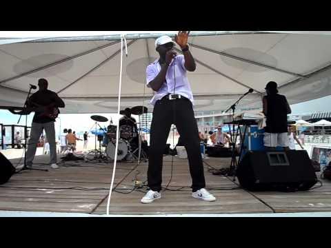 Maurice Englishman, Nimrod & Tidal Wave Reggae Band (Part 2).