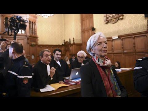 """Arbitrage Tapie : Christine Lagarde coupable de """"négligence"""" mais dispensée de peine"""