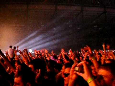 Tiesto in Kiev 2005 - Love Comes Again