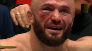 Реакция Магомеда Исмаилова на свое лицо после боя :)