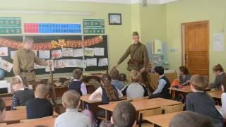 Урок патриотизма в 45 школе  3 А класс  05 05 2017 г  Школьники задают вопросы