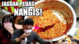 Download Video BAKSO INI BUAT 2 JAGOAN PEDAS NANGIS! *Pedas Mampus* MP3 3GP MP4