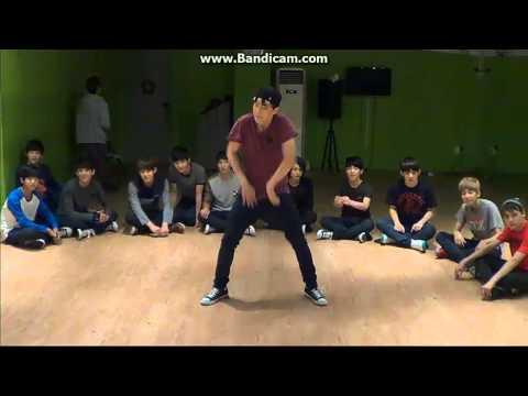 130927 SEVENTEEN GUERILLA BROADCAST - Soonyoung vs Jihoon Love More (Chris Brown) Dance Battle