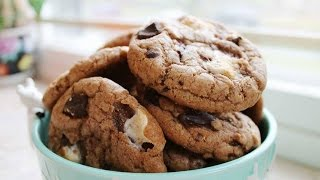Hot Cocoa Cookies - JessBakeIt - Episode 6