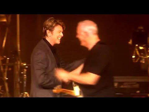 David Bowie / David Gilmour    Arnold Layne  2006