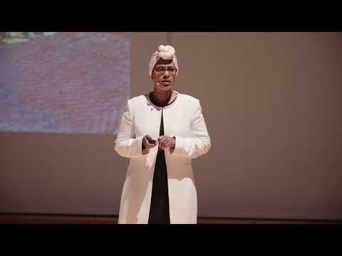 Poor women are heroes, not victims | Fartun Weli | TEDxMinneapolisWomen