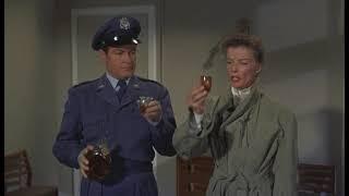 Железная нижняя юбка, 1956. За мир во всем Мире!