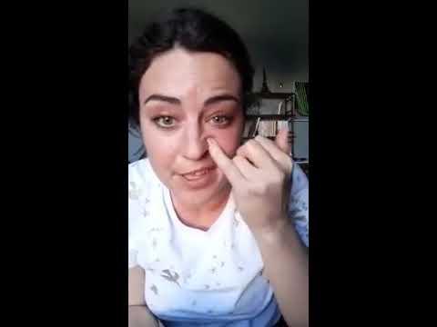 Remonter les pommettes<br>auto massage<br>par Delphine Glémot<br>Durée : 3 minutes 39