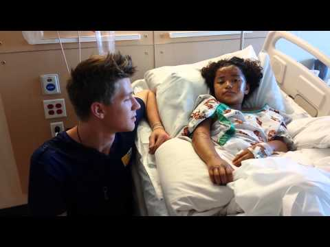 MAGIC AT LA CHILDREN'S HOSPITAL #PrayForMelissa  | COLLINS KEY