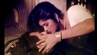 vuclip বিয়ের আগে মৌসুমী-ওমর সানীর অন্তরঙ্গ দৃশ্য ! Moushumi Omar Sani hot Scene !