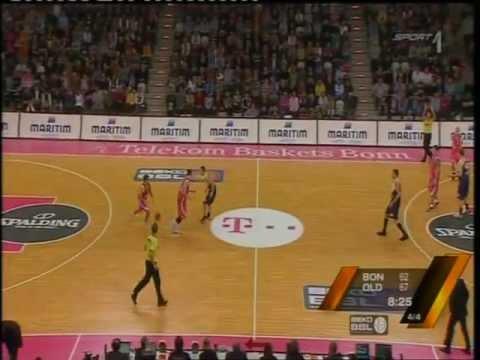 Telekom Baskets Bonn vs EWE Baskets Oldenburg (BEKO BBL ● 5.Spieltag ● 22/10/11)