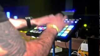 """Incredible"" live on Maschine 