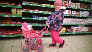 Беби Борн в Супермаркете Полина  Как Мама покупает продукты для  Baby Born