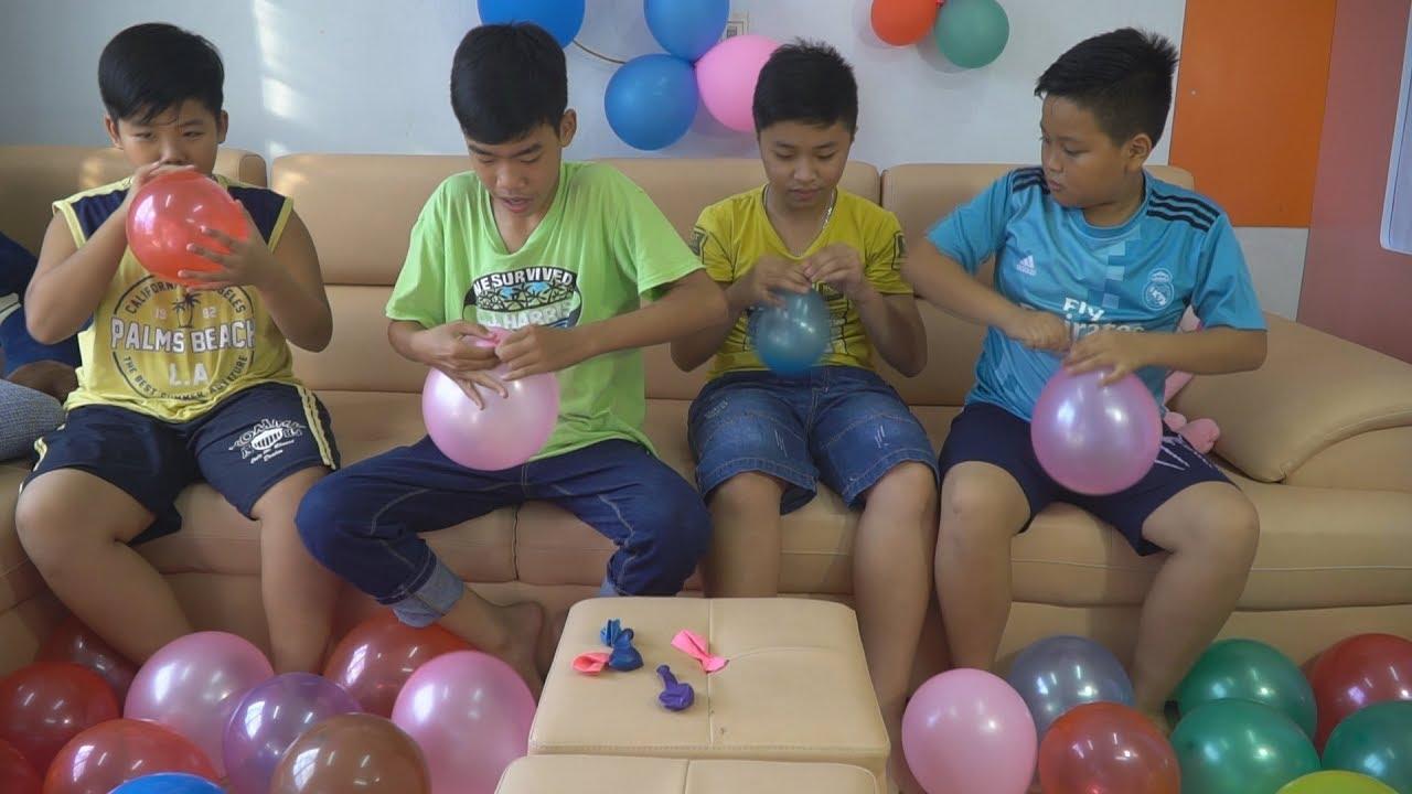 Đại Nghĩa – Thách Thổi Bóng Bay Nhiều Màu Sắc – Balloon Challenge Với Hình Phạt Búng Tai
