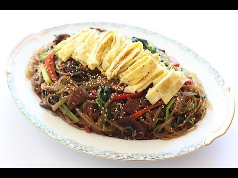 Beef Japchae (Korean Stir Fried Glass Noodles with Beef) - YouTube