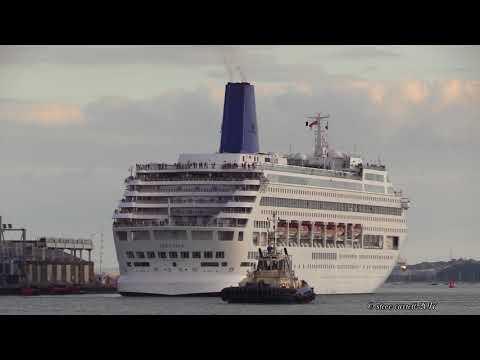 Celebrity Eclipse, Oriana, Queen Elizabeth, Azura Southampton 8/10/17