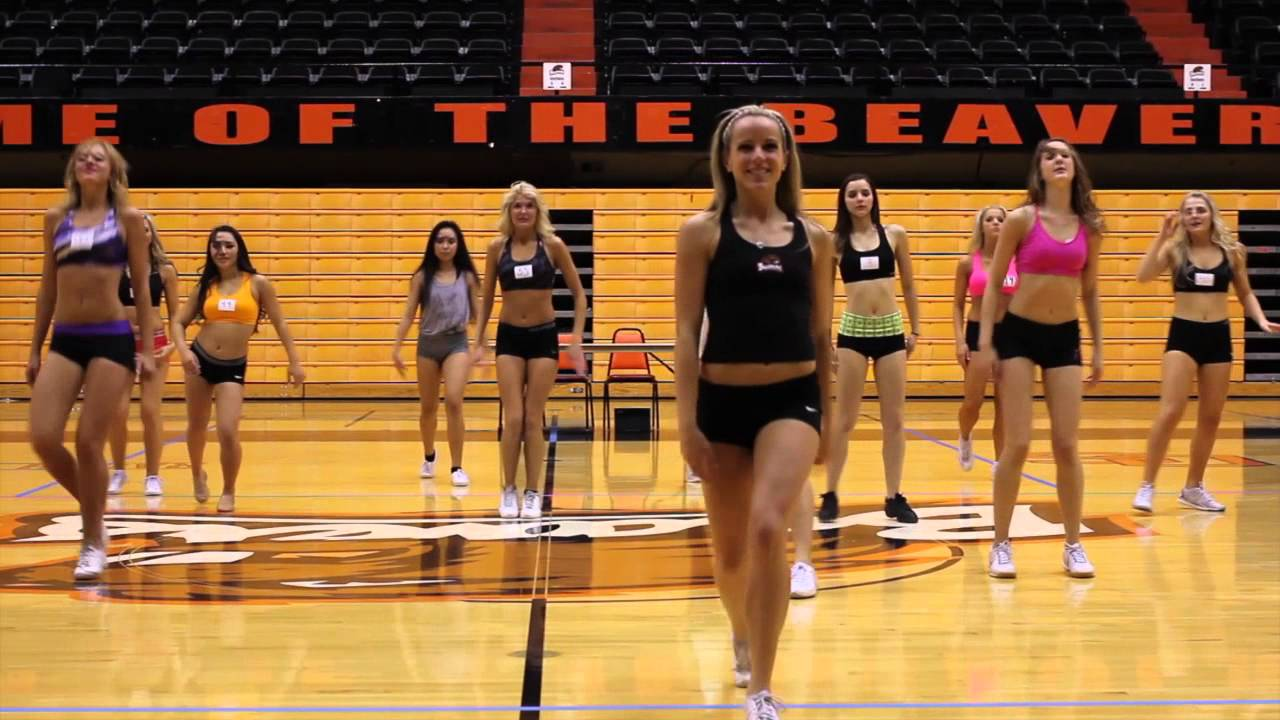 state basketball cheerleaders Oregon
