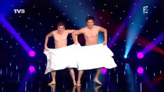 amazing stage performance using only by towel...........