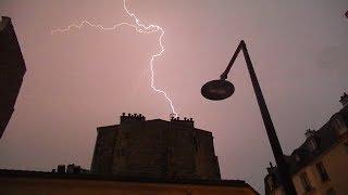 ALERTE MÉTÉO ! Orage et Pluie sur Paris - Foudre et Éclair tombent sur la capitale (29/05/18) ! [HD]