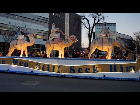 2016   Winnipeg - Santa Claus Parade