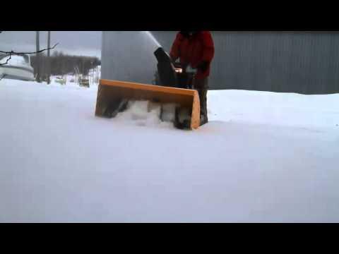 Профессиональный снегоуборщик Cub Cadet PRO 933 SWE