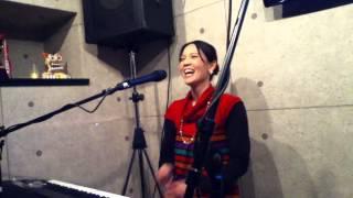 麻乃 幕間に質疑応答 at 東京・新井薬師ゆんたく 2012年12月1日(日)