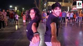 Flash Mob - Two Flickers - Rujul Thakker & Bhakti Patel