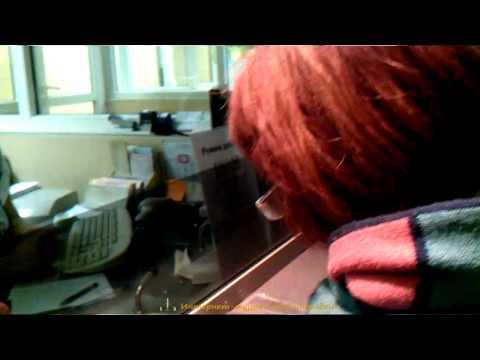 Женщина в кассе РЖД