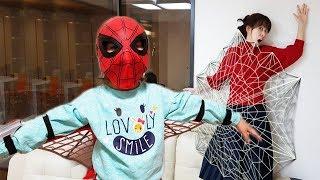 나도 스파이더맨이 되고 싶어요!! 서은이의 거미 히어로 스파이더맨 장난감 놀이 Surprise Spider Toys