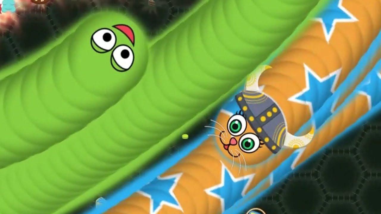 Wormate.io gameplay tiny worm vs giants Top 10 score.