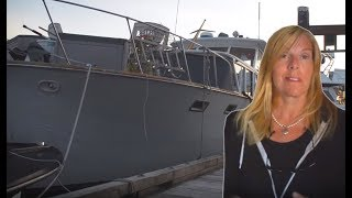 Solo Woman Trades a Suburban life for full time living on a 50 ft boat.