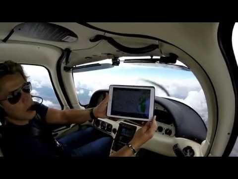 17 Hours 3000 Miles Solo Super Cross Country Cirrus SR22 - Part 2 Knoxville to Des Moines