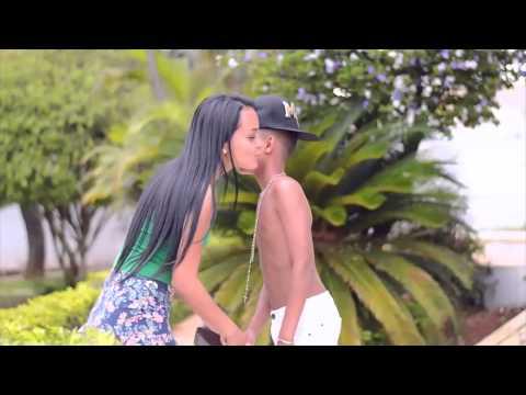 MC Braian - Novinha sensual (Clipe HD) DJ Treb Pesadão