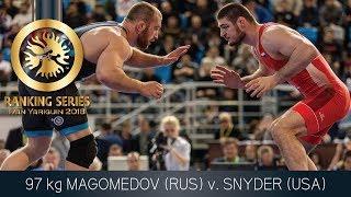 GOLD FS - 97 kg: R. MAGOMEDOV (RUS) v. K. SNYDER (USA)