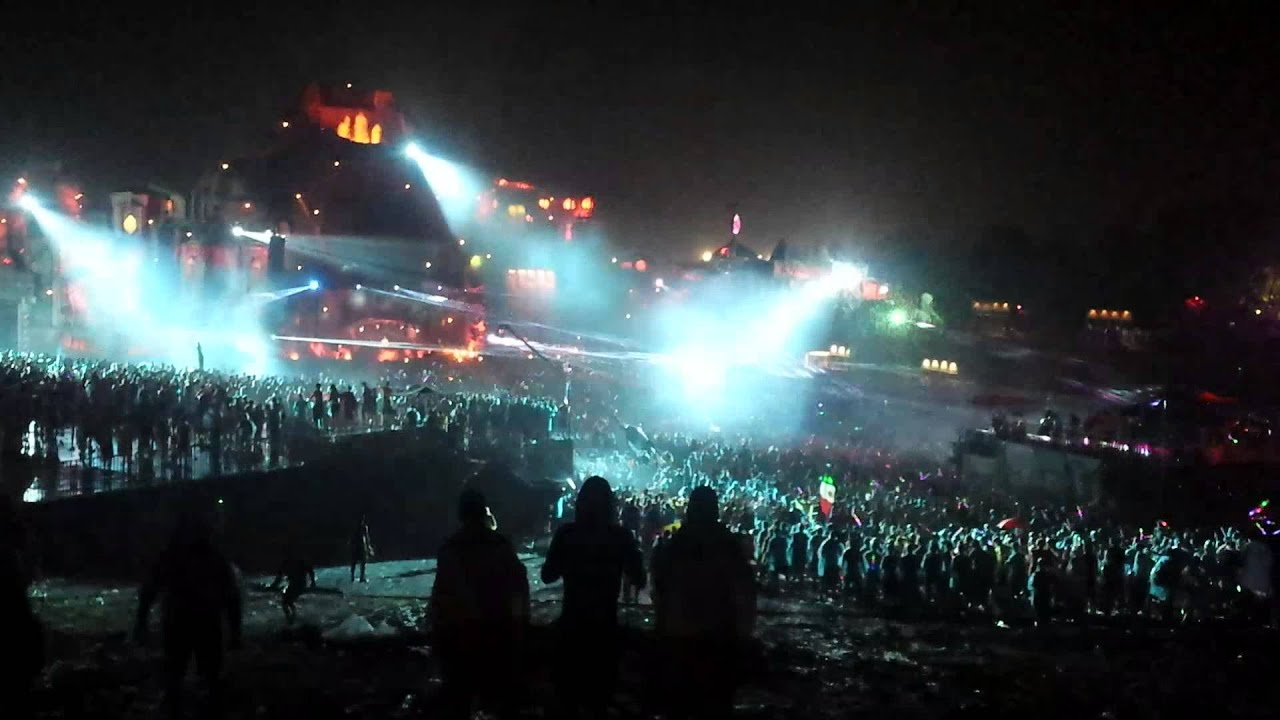 Rain Live Wallpaper Hd Tomorrowland 2013 Main Stage At Night Lasers In The