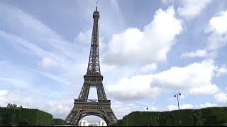 More Chinese enjoy National Day Holiday in France