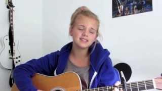 Julie Bjerre synger Vi To fra Medina - uofficiel musikvideo