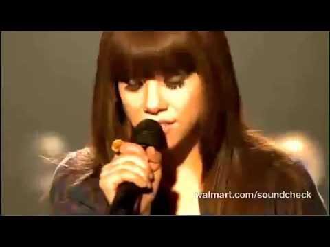 Carly Rae Jepsen - Walmart Soundcheck | Kiss Album (Live)