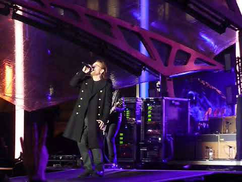 U2 - One - Live at MTV Presents, Trafalgar Square, London 11NOV17